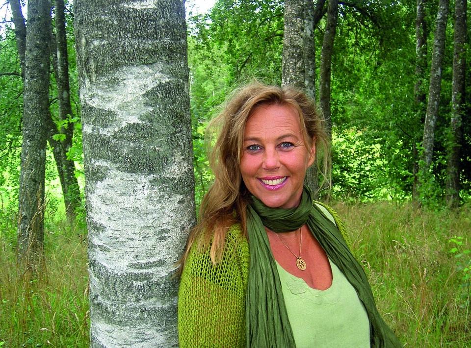 Ann Jönsson mår bra i skogen