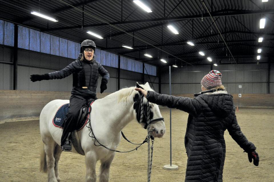 Hässleholms ridklubb erbjuder handikappridning och rehabilitering